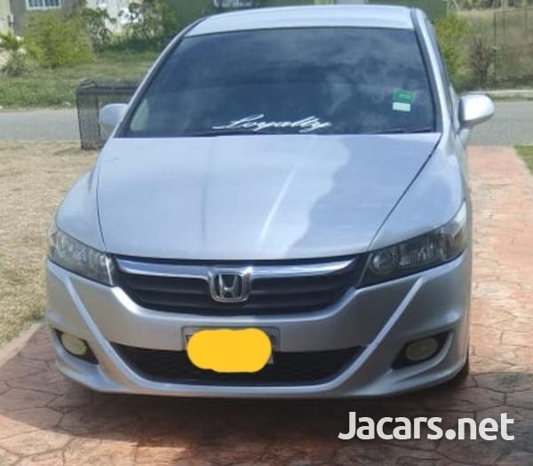 Honda Stream 8,0L 2011-2