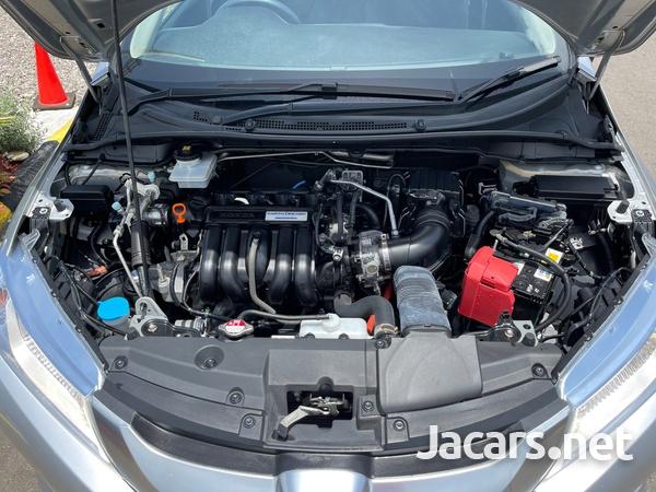 Honda Grace 1,4L 2015-13