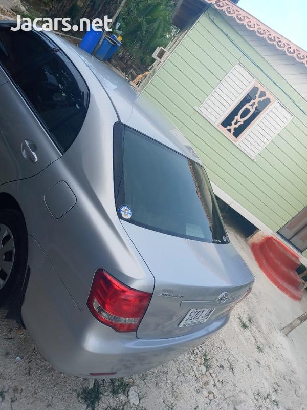 Toyota Axio 1,5L 2010-7