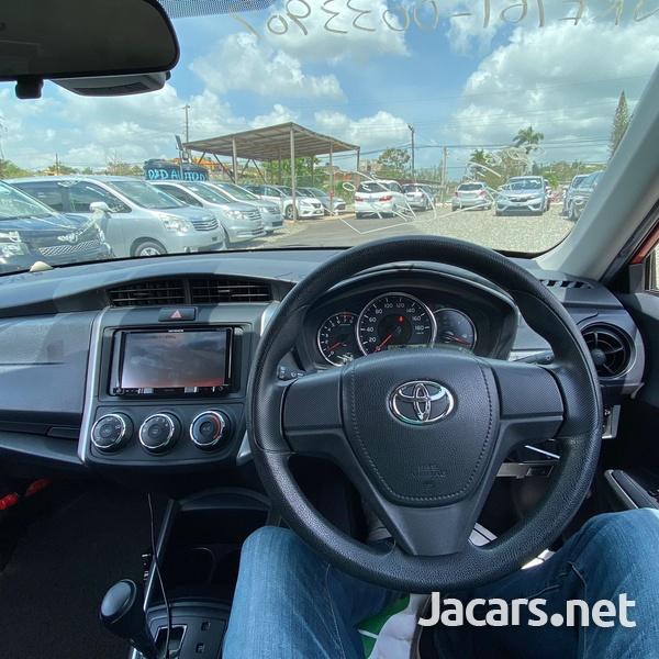 Toyota Fielder 1,5L 2017-9