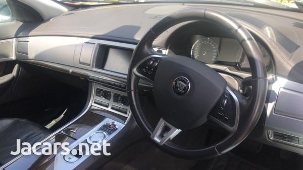 Jaguar XF 2,0L 2015-6