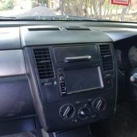 Nissan Tiida 0,4L 2011