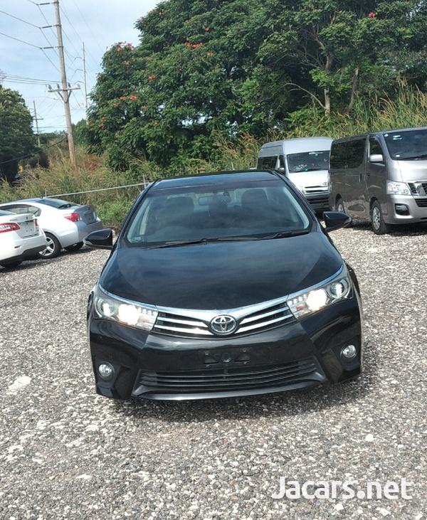Toyota Corolla Altis 2,0L 2014-1