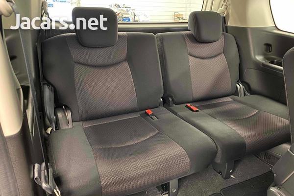 Nissan Serena 2,0L 2012-8