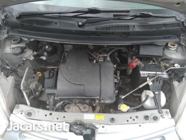 Toyota Passo 1,0L 2012-4