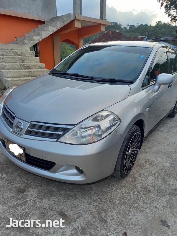 Nissan Tiida 1,8L 2013-7