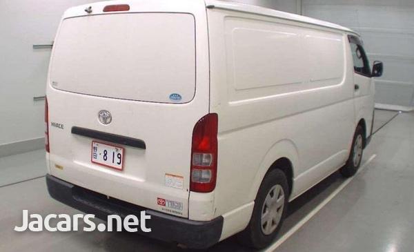 2015 Toyota Hiace van freezer-8