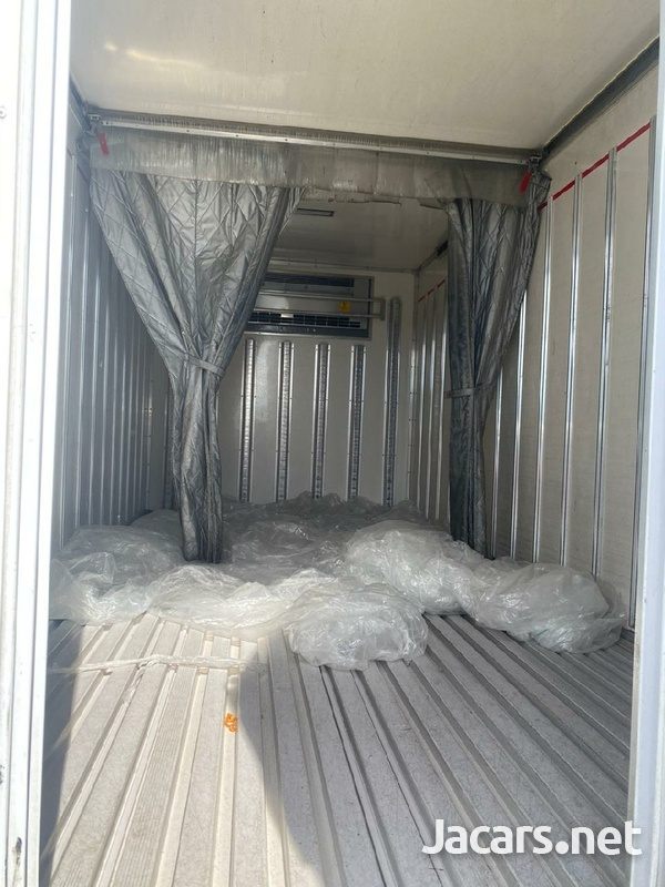 2015 Isuzu Elf Truck-3