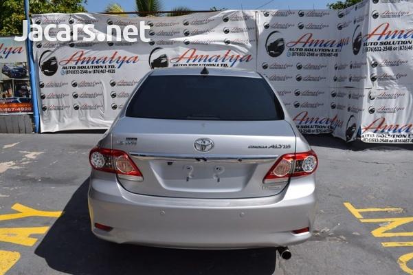Toyota Corolla Altis 1,5L 2012-6