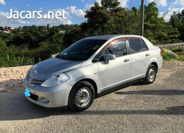 Nissan Tiida 1,5L 2009-5
