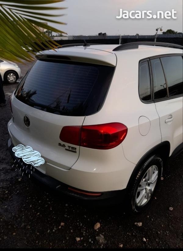 Volkswagen Tiguan 2,0L 2013-3