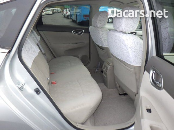 Nissan Sylphy 1,5L 2013-12