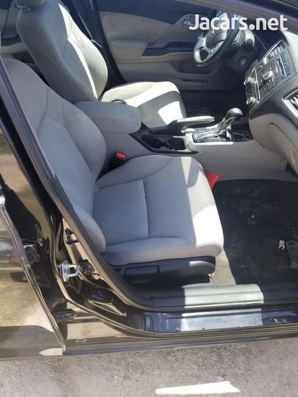 Honda Civic 1,8L 2014-3