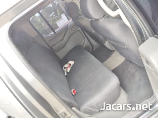 Nissan Navara 2,5L 2010-10