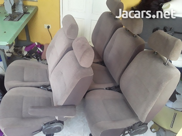 ORIGINAL RECLINING SEATS FOR HIACE OR NISSAN C.876 3621268