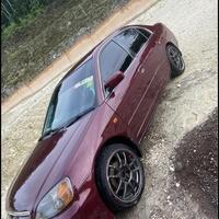 Honda Civic 4,6L 2003