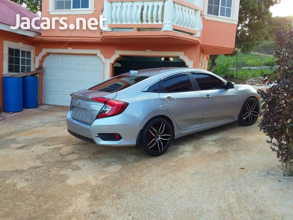 Honda Civic 1,5L 2017-8