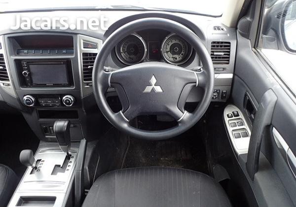 Mitsubishi Pajero 3,2L 2015-4
