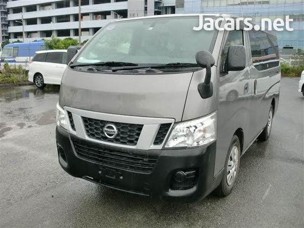 Nissan Caravan 3,6L 2013-1