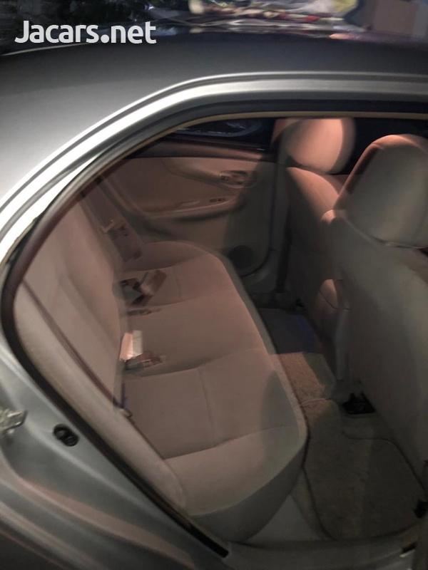 Toyota Axio 1,4L 2012-8