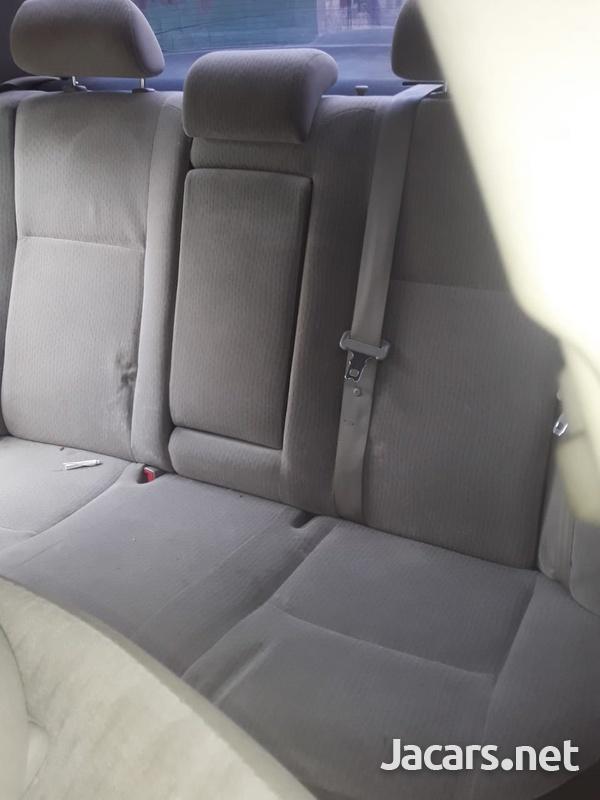 Toyota Corolla Altis 1,6L 2013-9