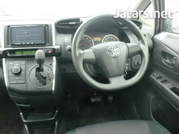 Toyota Wish 1,7L 2014-5