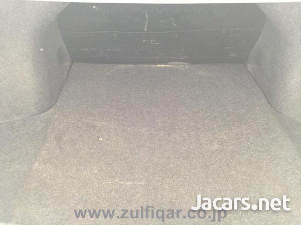 Nissan Latio 1,2L 2013-10