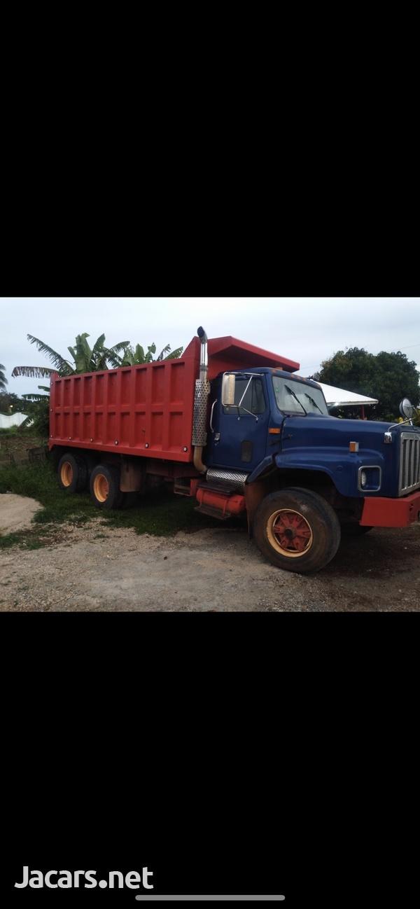 1996 International truck-2