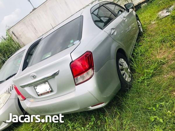 Toyota Axio 1,5L 2014-3