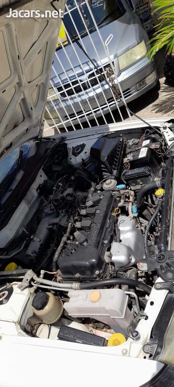 Nissan Sunny 1,6L 2001-6