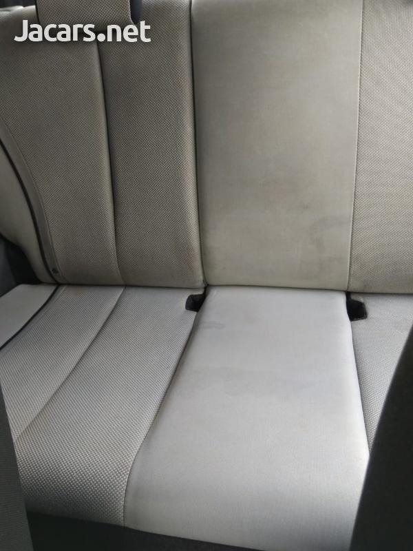 Mazda Demio 1,5L 2010-7