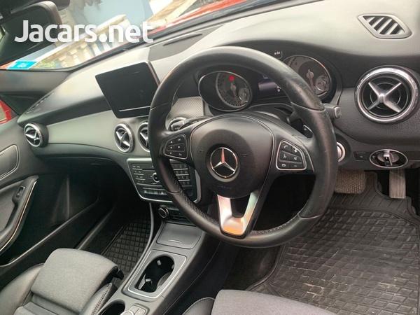 Mercedes-Benz GLA-Class 2,0L 2017-3