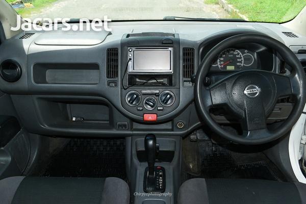 Nissan AD Wagon 1,5L 2012-7