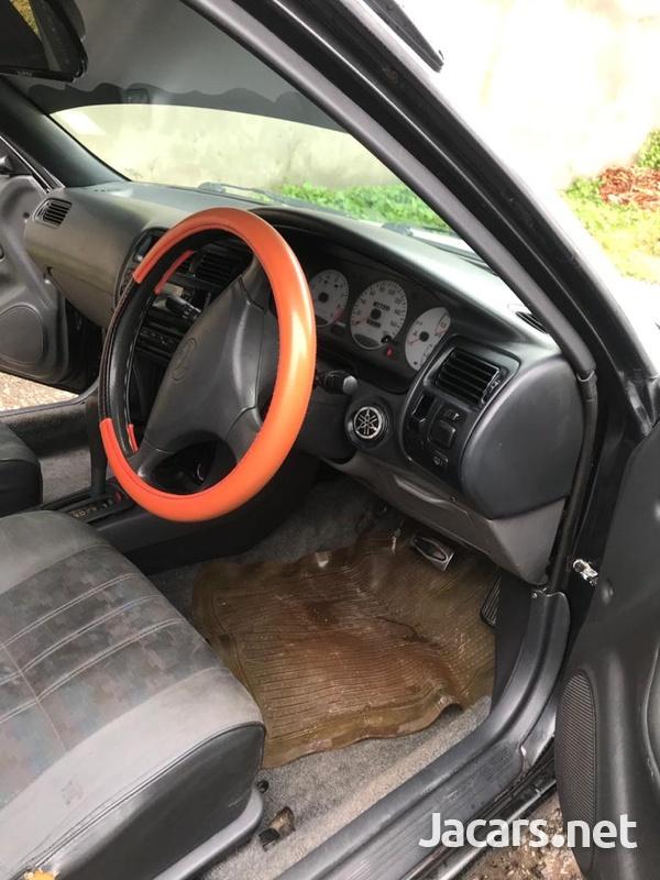 Toyota Corolla 5,3L 1998-3