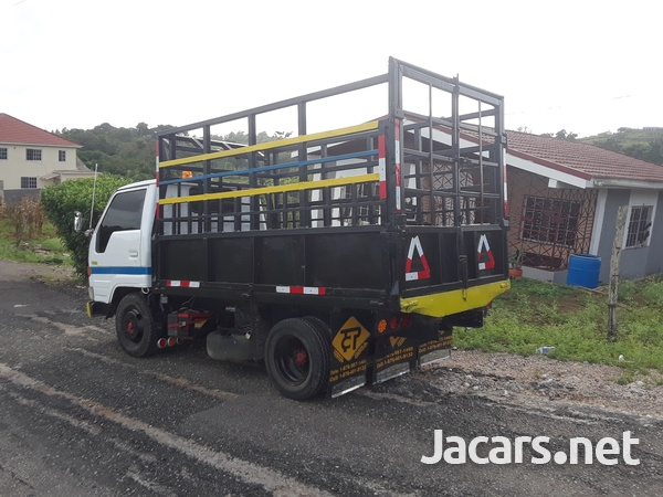 Working 1996 Dyna Truck-5