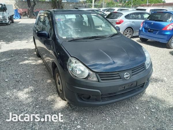 Nissan AD Wagon 1,2L 2015-3