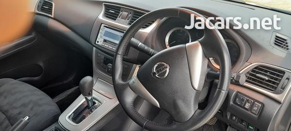 Nissan Sylphy 2,0L 2015-7
