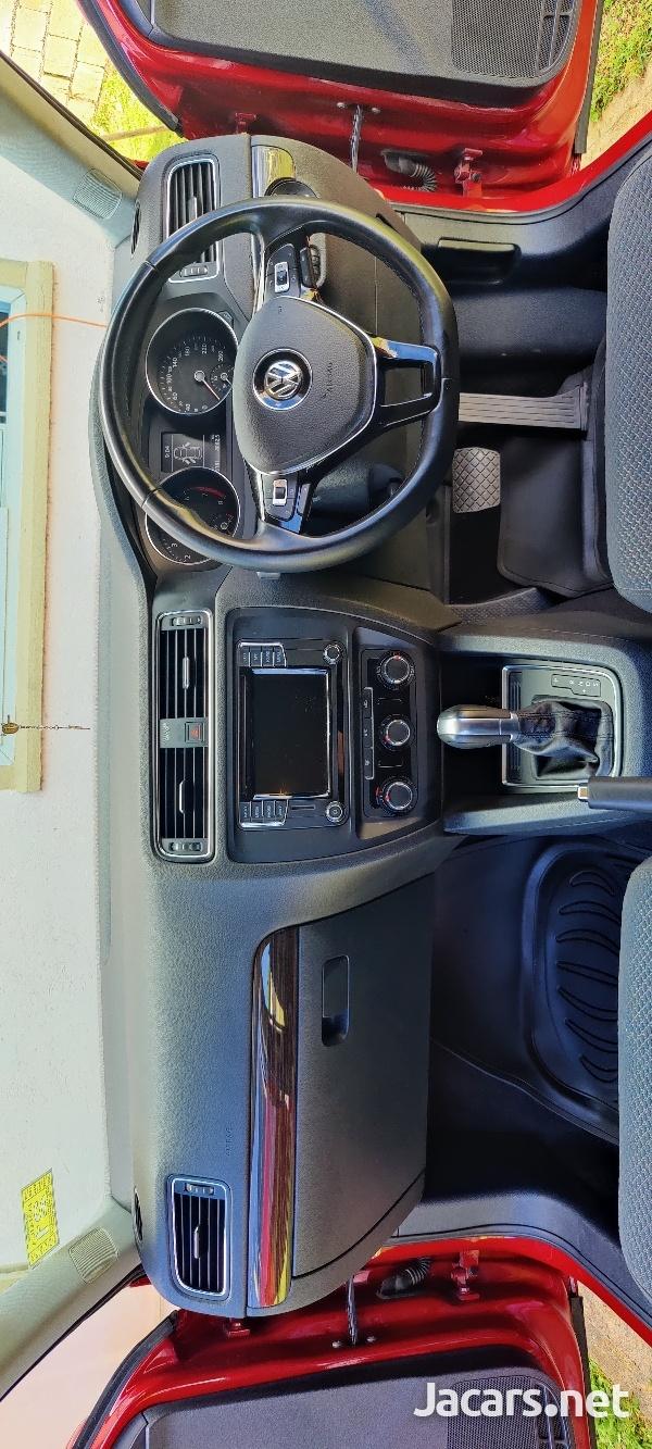 Volkswagen Jetta 1,4L 2018-8