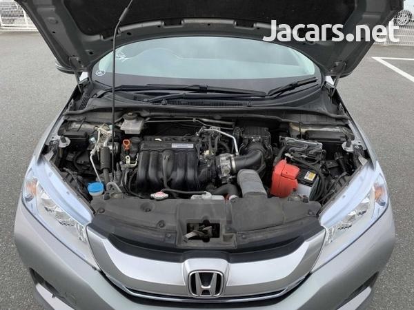 Honda Grace 1,5L 2015-8