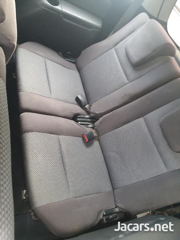 Toyota Wish 1,8L 2007-4