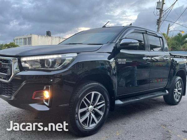 Toyota Hilux 2,8L 2017-1