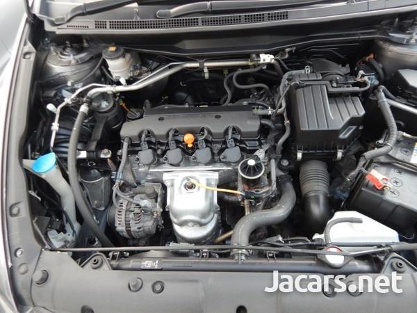 Honda Stream 1,8L 2013-8