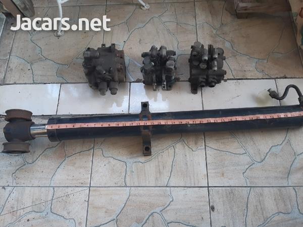 hydraulic jack-3