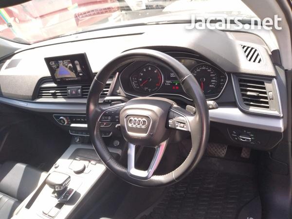 Audi Q5 2,0L 2018-11