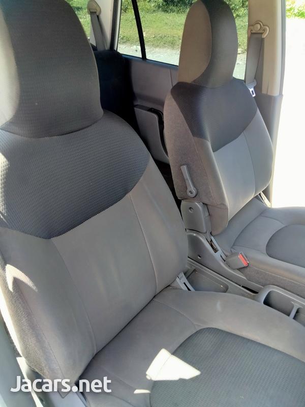 Nissan AD Wagon 1,6L 2014-2