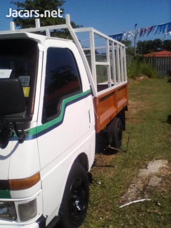 Isuzu Pick-up 2,5L 2003-5
