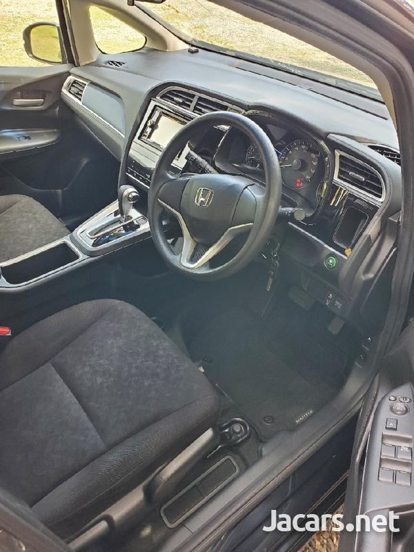 Honda Fit Shuttle 1,5L 2016-6