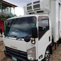 2013 Isuzu Box Truck