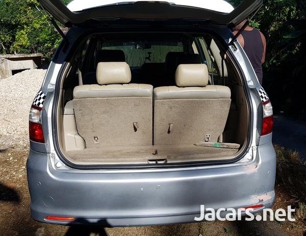 Toyota Picnic 1,8L 2005-4