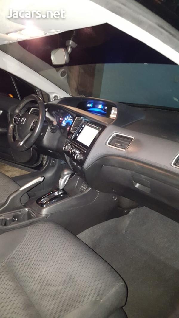 Honda Civic 1,8L 2015-4